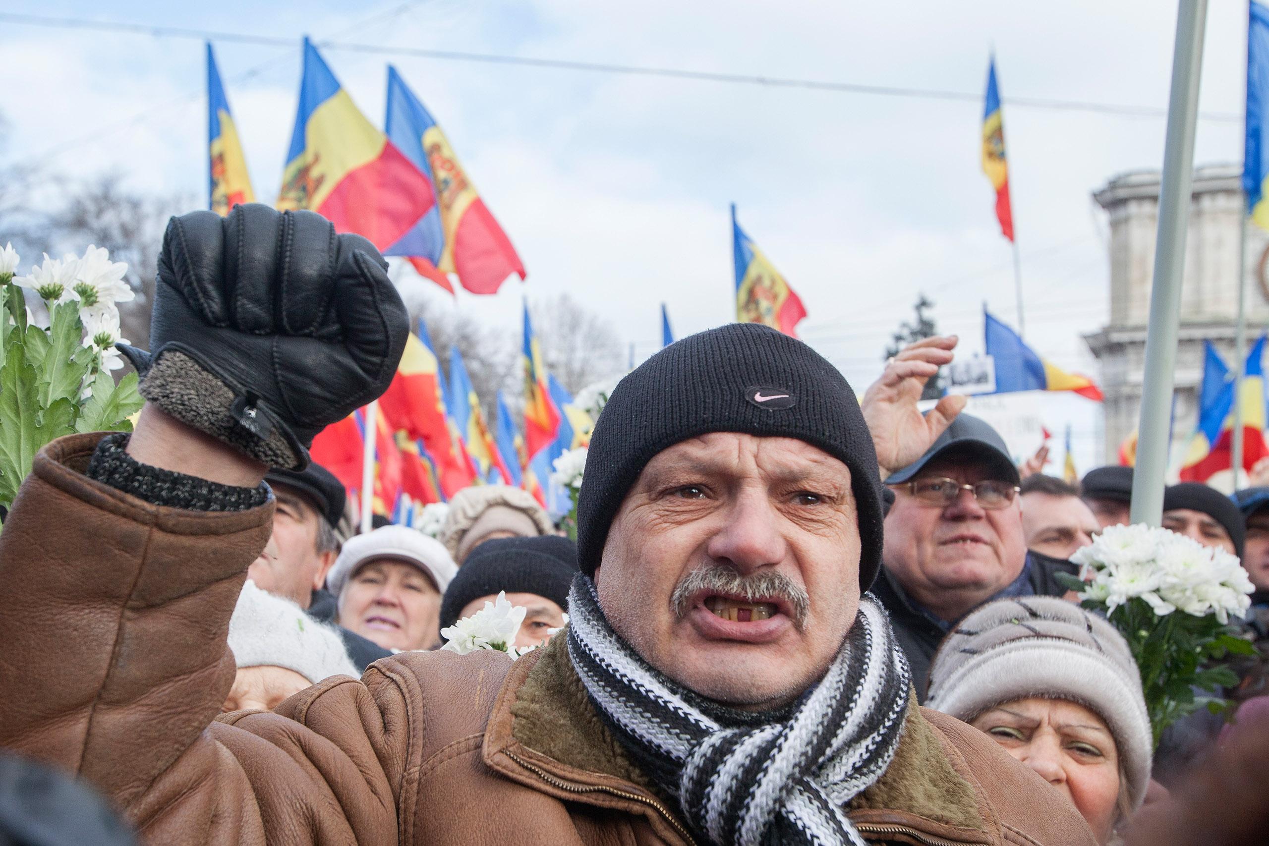 Democrația în Moldova: o poveste de precauție